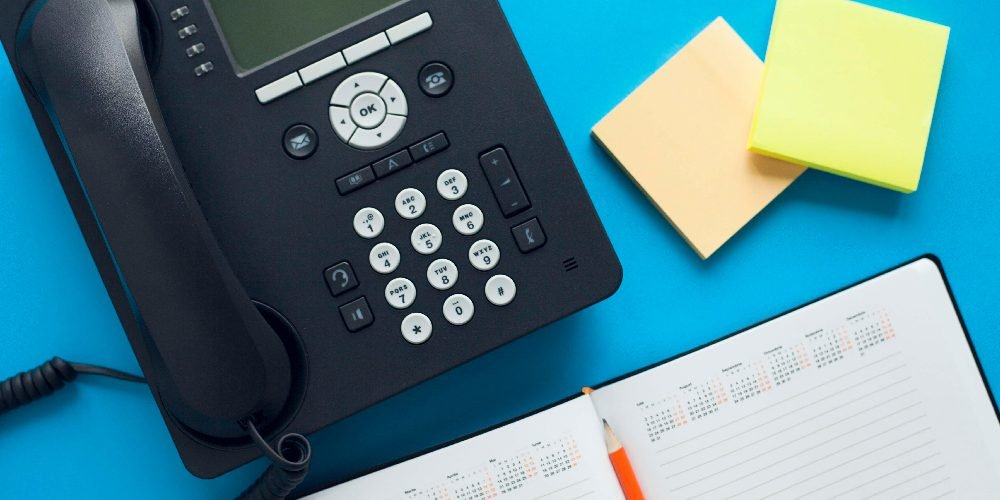 Telefono Voip e post-it